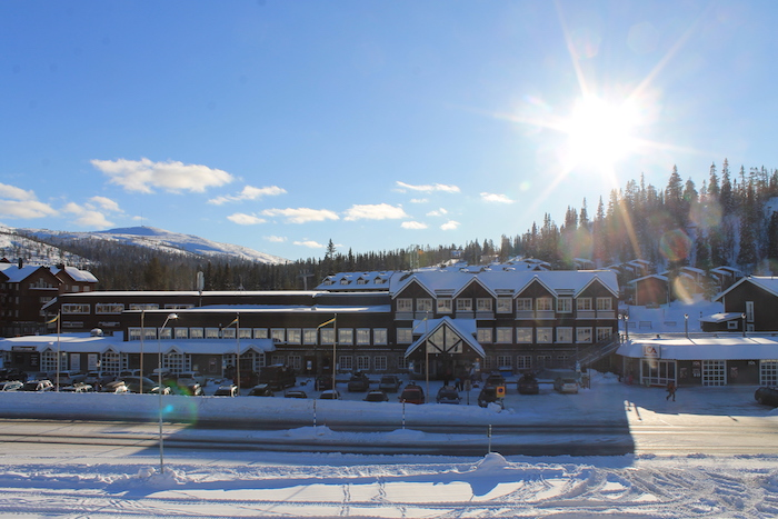 vemdalsskalets-hogfjallshotell-vacker-vinterdag