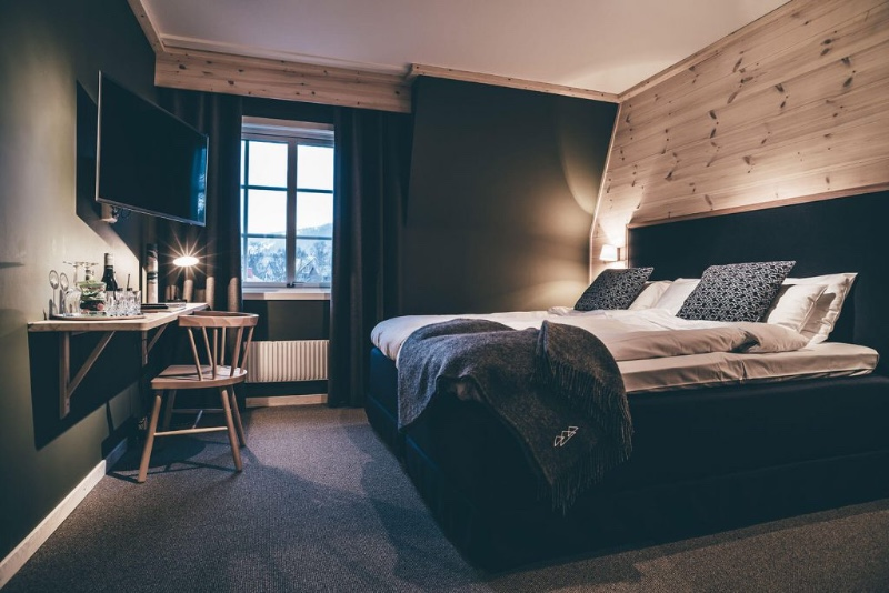 hotell-dubbelrum-1-aregarden-1024x684