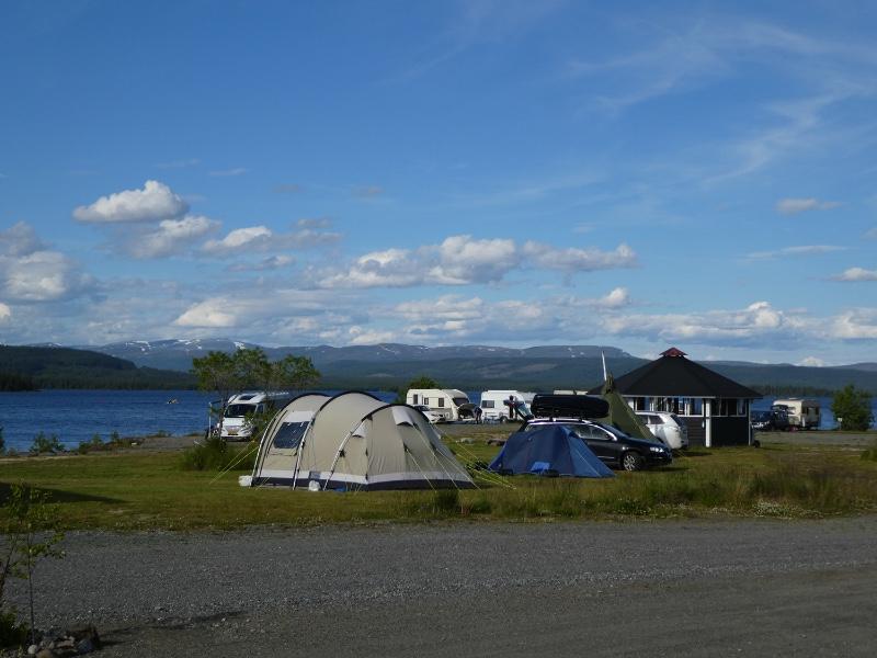 5961dc18cc411-camping1